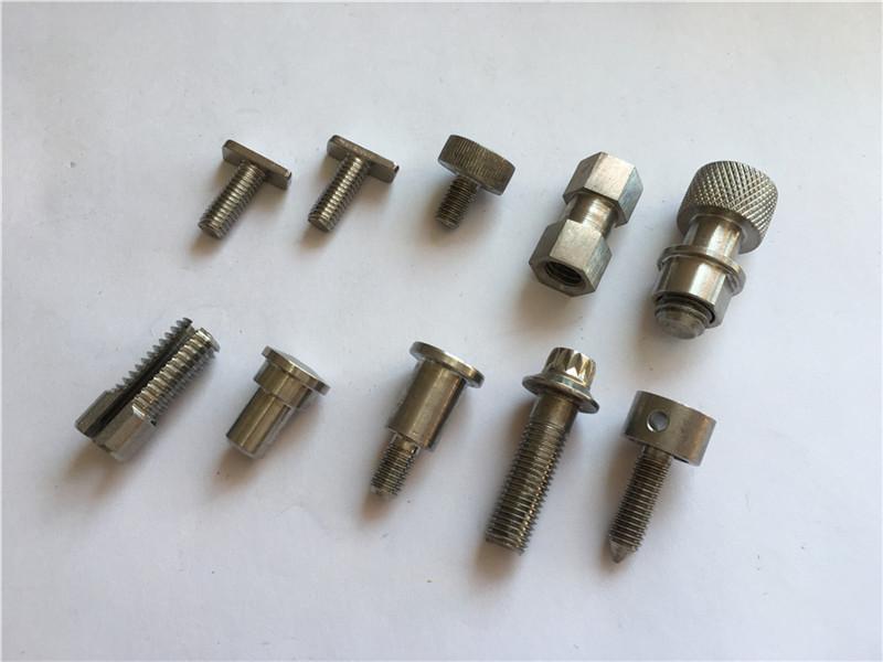 prilagođeni visoko precizni nestandardni vijak, nehrđajući čelik s CNC obradnim vijkom